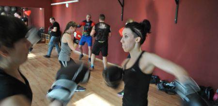 Zobacz galerię zdjęć z treningu.II Staż Bokserski w Factory Fitness Club